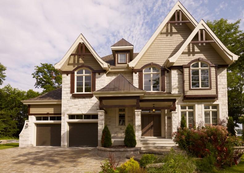 Superbe résidence de prestige avec deux garages dans un environnement spectaculaire.