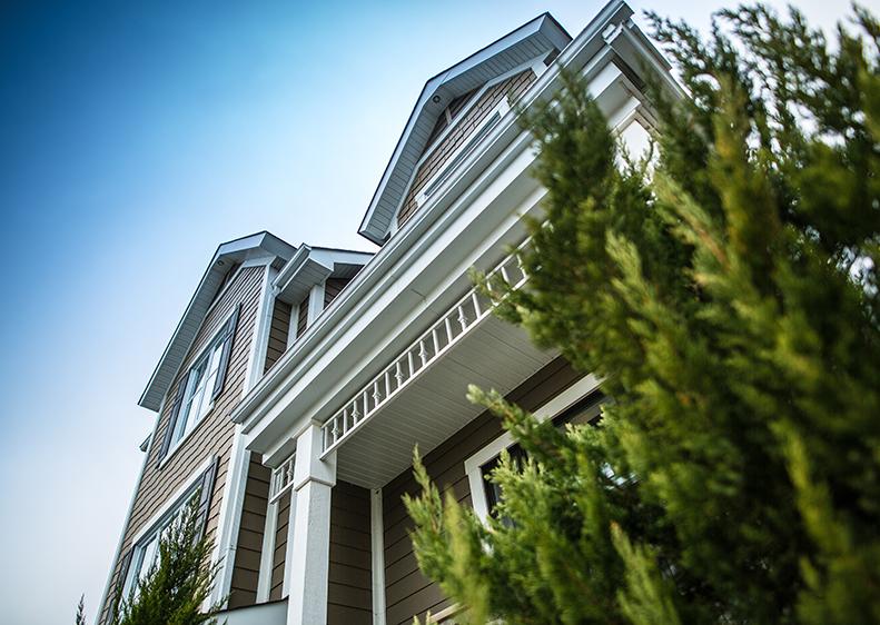 Façade de la ravissante maison modèle au Domaine du Parc.