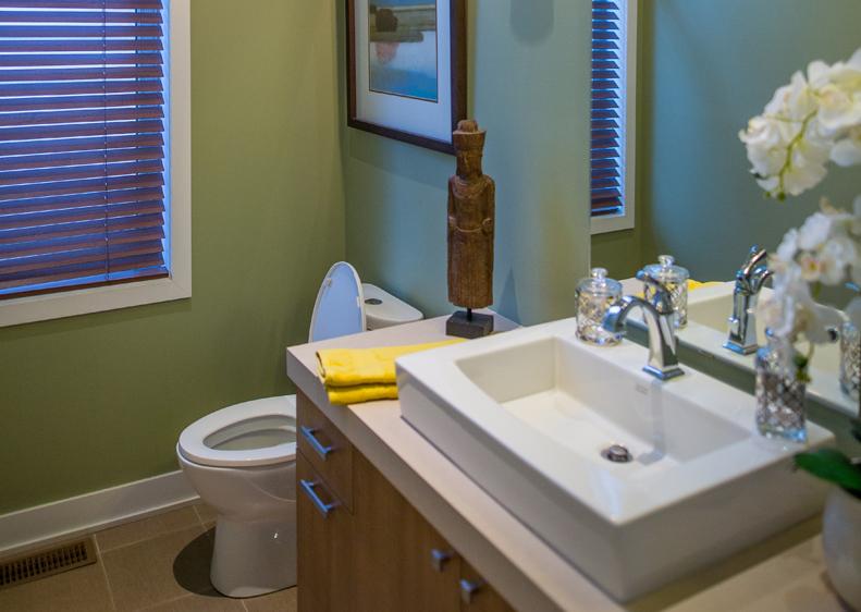 Salle de bain de la maison unifamiliale à Terrebonne