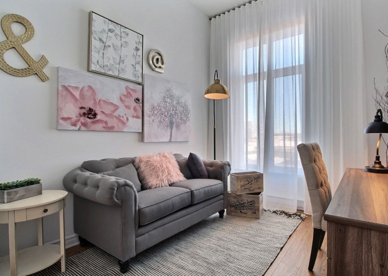 This space is ideal for an intimate bedroom or office