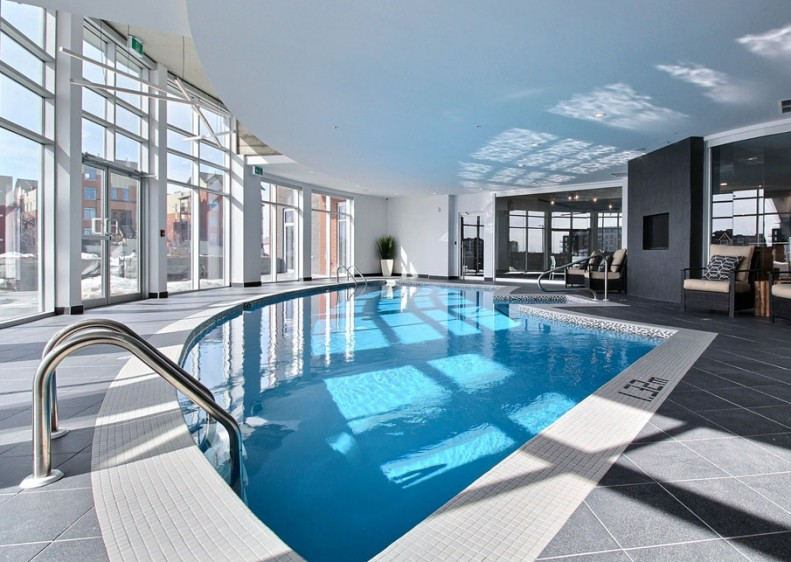 Exceptional common areas, including this superb swimming pool to refresh you