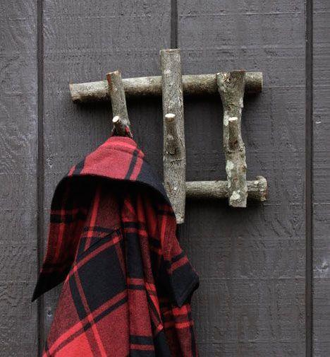 Crochets en bois pour veste Garage