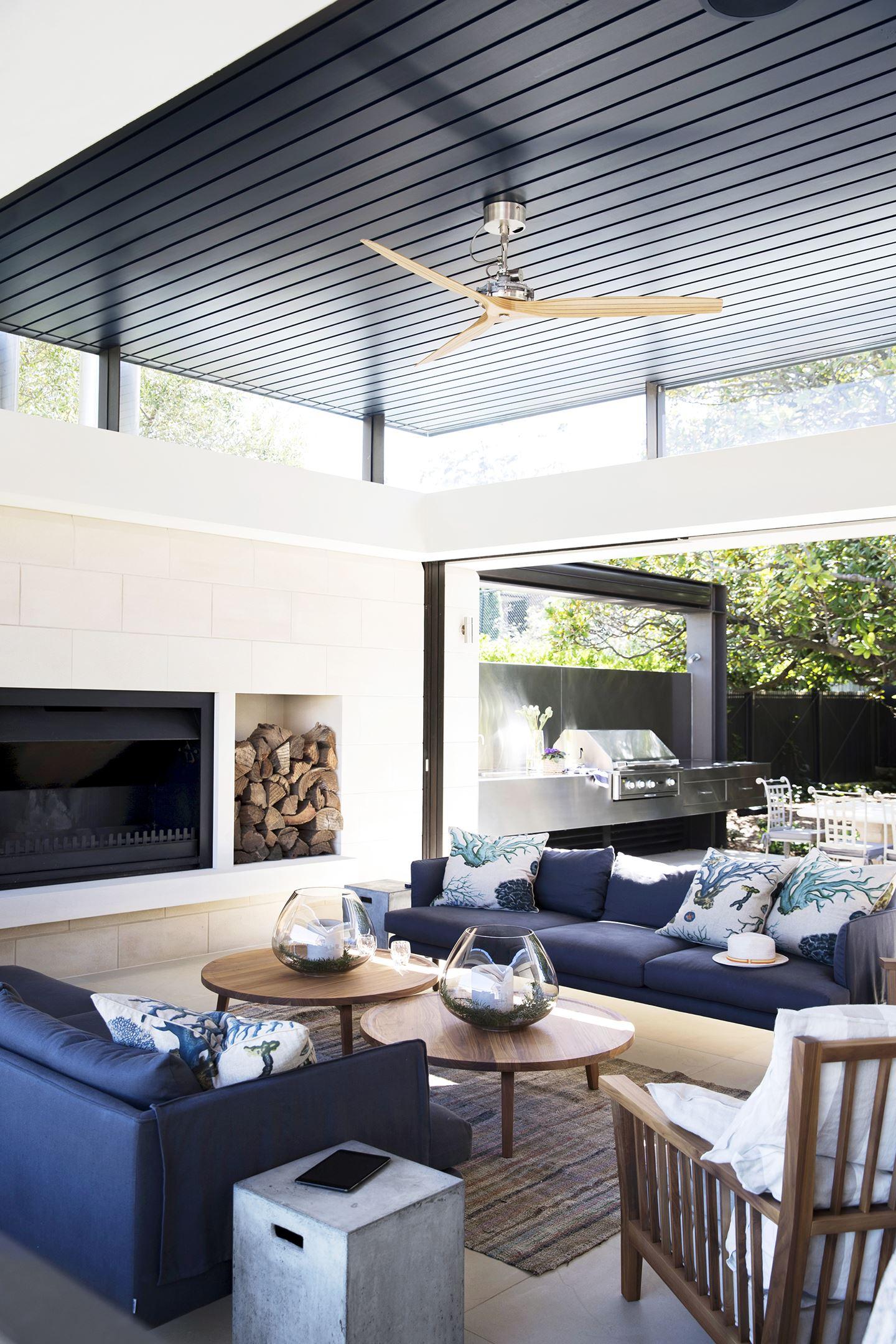 Foyer en céramique pâle