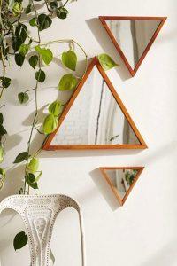 Miroirs triangulaires originaux en bois